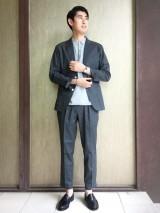 Style03 セットアップはタックパンツでカジュアルに シップス」のタックパンツ1万3800円(税抜) (C)oricon ME inc.