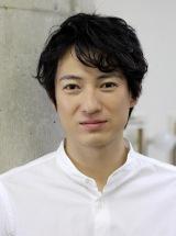 NHKドラマ10『マチ工場のオンナ』に出演する忍成修吾