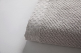 しっとりなめらかな新彊綿のタオル(税込1500円〜3800円)