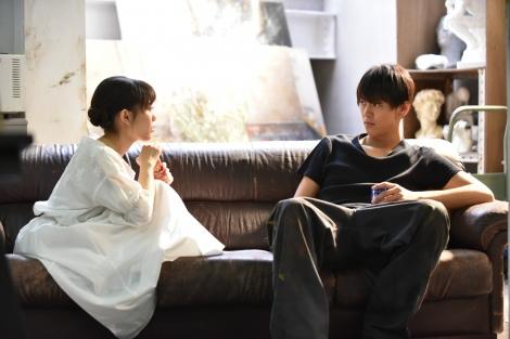ドラマ『過保護のカホコ』と星野源が歌う主題歌「Family Song」について英語で話してみよう/写真:日本テレビ系ドラマ『過保護のカホコ』より(C)日本テレビ