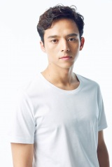 来年3月放送のNHKの特集ドラマ『どこにもない国』に出演する満島真之介