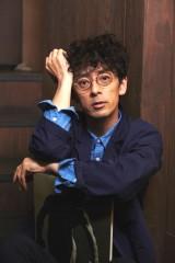 金曜ナイトドラマ『重要参考人探偵』(10月スタート)に出演する滝藤賢一