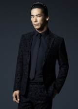 「Here I Stand -Dance Ver.-」で企画、監督、出演の1人3役を務めた小林直己