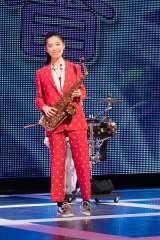 『ブラスト!:ミュージック・オブ・ディズニー』東京公演初日に特別出演した島崎遥香 (C)taro