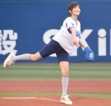 思い出の地・横浜で始球式を行った高島彩アナウンサー (C)ORICON NewS inc.