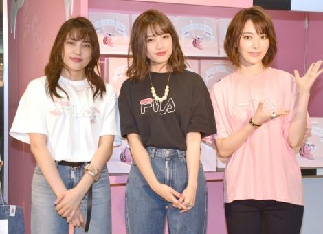 サムネイル AKB48グループ公認ブランドのストアのオープニングイベントに登場した(左から)入山杏奈、加藤玲奈、宮脇咲良 (C)ORICON NewS inc.