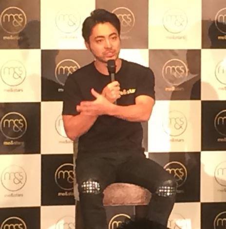 5日に行われた新会社設立記念イベントに出席した『me&stars』の取締役CIO・山田孝之 (C)ORICON NewS inc.