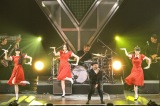 Perfumeが星野源のヒット曲「恋」のバックダンサーに(9月13日=大阪城ホール)撮影:渡邉一生