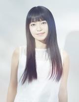 10・25に23枚目のシングル「We are the light」を発売するmiwa