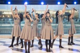 デビューシングル「僕は存在していなかった」発売記念ミニライブを開催した22/7