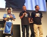 『東京ゲームショウ2017』カプコンブースでゲームソフト「マーベルVS.カプコン:インフィニット」完成披露会に出席した(写真左より)仮面女子の立花あんな、バイきんぐ小峠英二、西村瑞樹 (C)oricon ME inc.