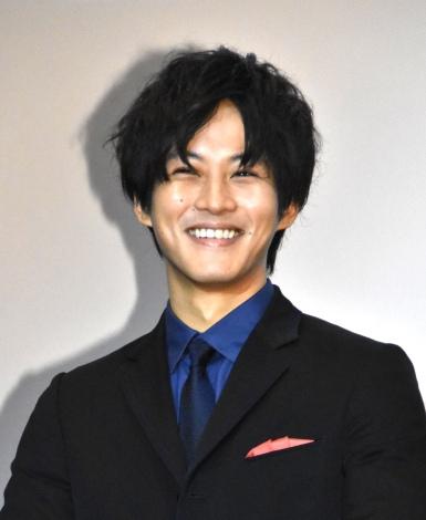 映画『ユリゴコロ』初日舞台あいさつに出席した松坂桃李