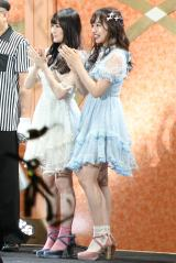 NMB48の2期生コンビ・矢倉楓子、村瀬紗英からなる2人組ユニット「ふぅさえ」 写真:estudio pepe 神田有希