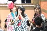 ユニット「はんたんねぇ」(左から)宮脇咲良、横山由依、山本彩写真:estudio pepe 神田有希