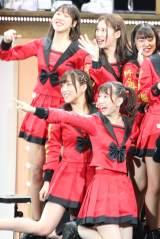 会場のファンから絶大な応援を受けていた「栄6期生」 写真:estudio pepe 神田有希