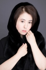 2年ぶりの新曲「月になる」を発売する久我陽子