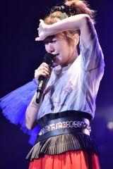 全国ツアーファイナルで号泣する高橋みなみ Photo by 高田真希子