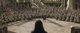 ソーの国へ攻め入ってきた死の女神・ヘラ(ケイト・ブランシェット)に軍を率いて立ち向かうホーガン(C)Marvel Studios 2017