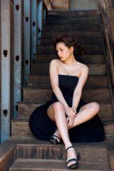 最新写真集『結晶』でこれまでのNGを突破した篠崎愛 (C)講談社