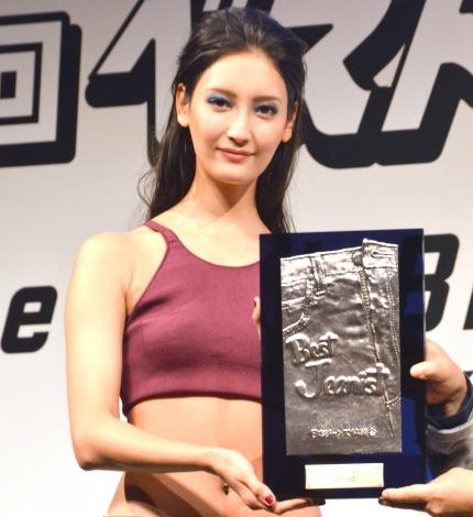 2年連続でベストジーニスト賞を受賞した菜々緒 (C)ORICON NewS inc.
