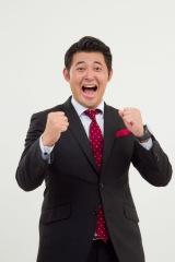 「ドォーモ×ラジオ」のメインパーソナリティを務める長岡大雅アナウンサー