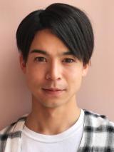 エヴァーグリーン・エンタテイメントに移籍した菅谷哲也