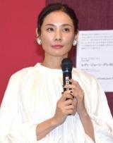 『怖い絵展』報道向け内覧会のトークショーに参加した吉田羊 (C)ORICON NewS inc.
