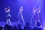 M2「美しい稲妻」(3期+大場美奈+山内鈴蘭)=『SKE48劇場デビュー9周年特別公演』(C)AKS