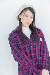 気づいたら片想いチェックシャツ(レッド/サイズS・M・L・XL/税込5500円)モデル:相楽伊織
