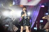 総選挙V3の指原莉乃が『AKB48グループ感謝祭〜ランクインコンサート〜』でファンに感謝(C)AKS