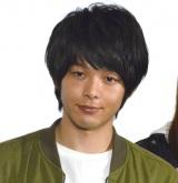 ドラマ『新宿セブン』の完成披露試写会後記者会見に出席した中村倫也 (C)ORICON NewS inc.
