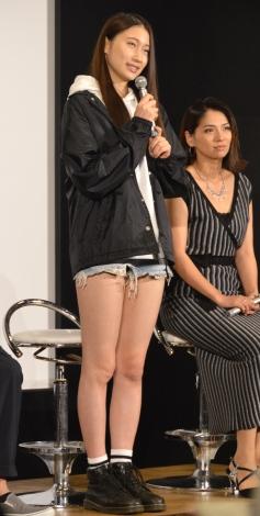 ドラマ『新宿セブン』の完成披露試写会後記者会見に出席した大野いと (C)ORICON NewS inc.