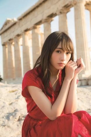 サムネイル 1st写真集発売が決定した欅坂46・渡辺梨加 (C)阿部ちづる/集英社