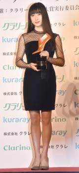 『第15回 クラリーノ美脚大賞2017』で20代部門を受賞した土屋太鳳 (C)ORICON NewS inc.