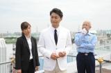 10月22日放送、安田顕主演『白い刑事』(C)テレビ朝日