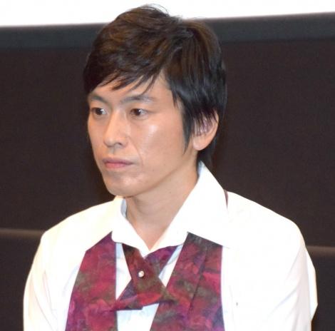 『海辺の週刊大衆』の舞台あいさつに登壇したしずる・村上純 (C)ORICON NewS inc.