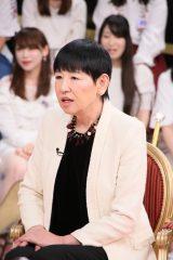 日本テレビ系バラエティー番組『1周回って知らない話強い女の真実を直撃SP』に出演する和田アキ子 (C)日本テレビ