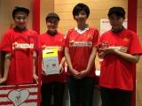 世界各地のマクドナルドで実施されているチャリティーイベント「マックハッピーデー」。渡辺満里奈は大阪府の2店舗を訪れ、来店者に寄付を呼びかけた。(C)oricon ME inc.