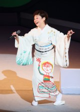 『Mika Shinno in 2017〜2017年の神野美伽〜』の模様