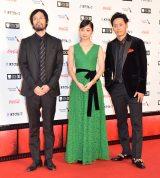 『第30回東京国際映画祭』のオープニングイベントに登場した(左2番目から)深川麻衣、山下健二郎 (C)ORICON NewS inc.