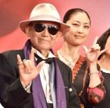 『第30回東京国際映画祭』のオープニングイベントに登場した(左から)大林宣彦監督、常盤貴子 (C)ORICON NewS inc.
