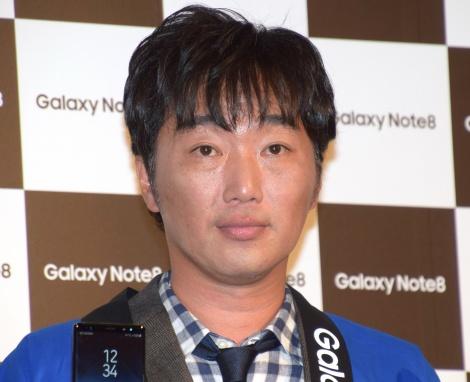 モバイル製品『Galaxy Note8』の発売記念イベントに参加した小沢一敬 (C)ORICON NewS inc.