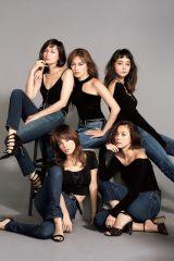『otona MUSE』12月号の表紙を飾った5人のモデル:左上から時計回りに佐田真由美、岩堀せり、竹下玲奈、浅見れいな、梨花 (C)『otona MUSE』12月号(宝島社)