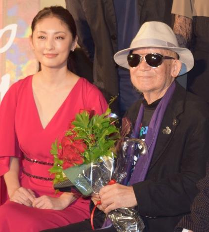 映画『花筐/HANAGATAMI』の上映後舞台あいさつに出席した(左から)常盤貴子、大林宣彦監督 (C)ORICON NewS inc.