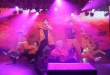 来春日本デビューする多国籍グループ「NCT 127」(左から)マーク、ジョニー、ジェヒョン、テヨン、ユウタ、テイル