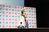 『東京ゲームショウ2017』で、人気バラエティ番組「佳代子の部屋〜真夜中のゲームパーティー〜」を公開収録。人気コスプレヤー・えなこは、キャラクターコスプレ姿で開場を魅了 (C)oricon ME inc.