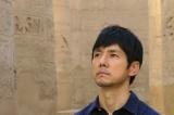 NHK BSプレミアム『スーパープレミアム「古代エジプト 3人の王女のミステリー」』に出演した西島秀俊(C)NHK