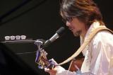 シンガー・ソングライターの伊勢正三が風時代のライブ音源を作品化