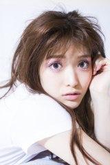 ファースト写真集表紙カットを公開した乃木坂46・松村沙友理(楽天ブックス限定カバー)