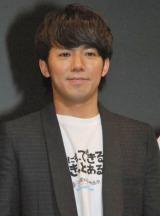 """お笑い界の""""モテ男""""ランキング5位に選ばれた、ピースの綾部祐二 (C)ORICON DD inc."""